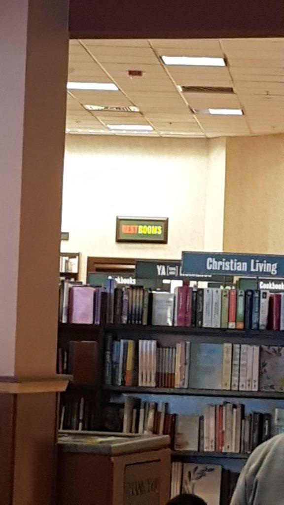 Chez Barnes&Noble il y a même des toilettes
