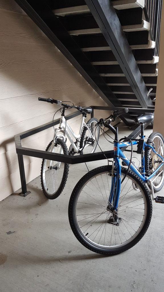 je ne fais pas confiance, j'attache mon vélo