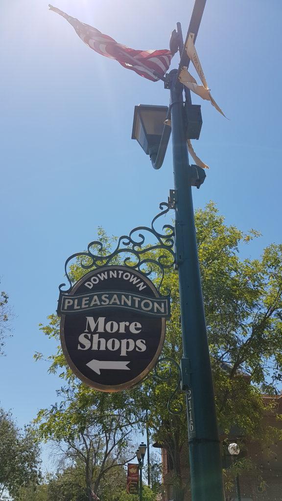 panneau centre ville pleasanton californie