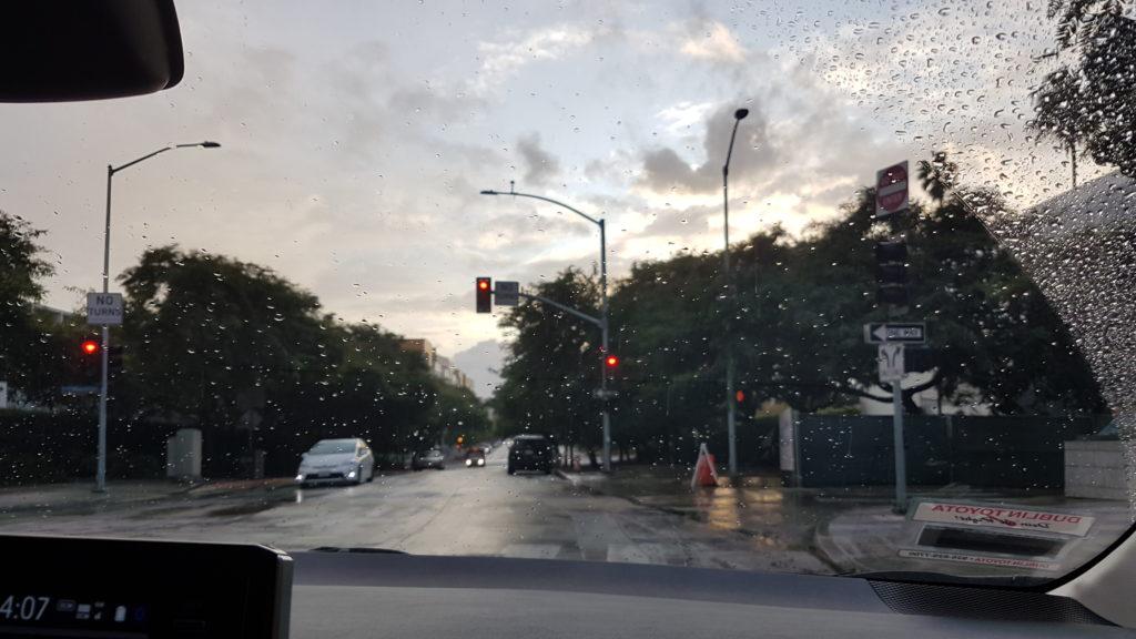 arrivée pluvieuse à Santa Monica