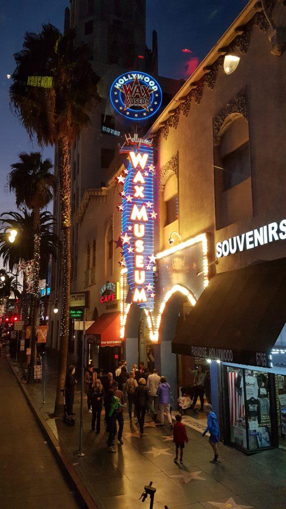 départ du bus touristique que nous avons pris à Hollywood