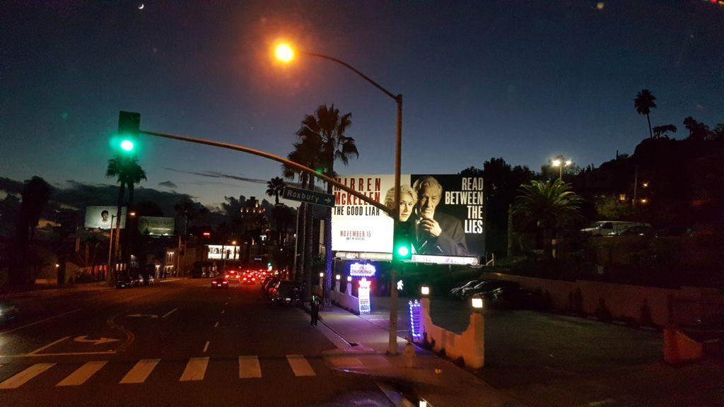 affiches de films sur le circuit du bus touristique