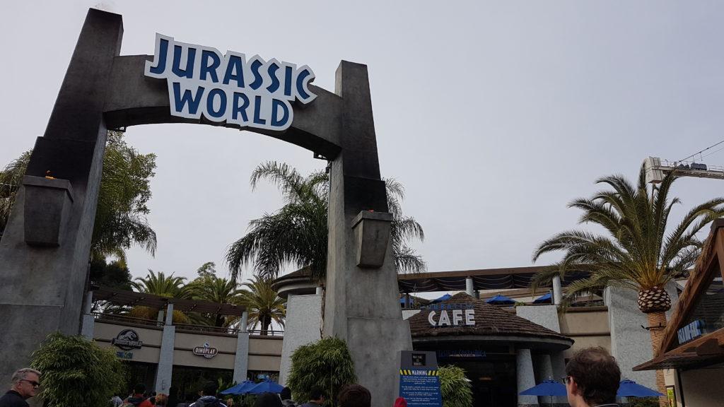 Jurassic world universal studios