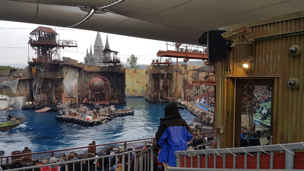 spectacle waterworld