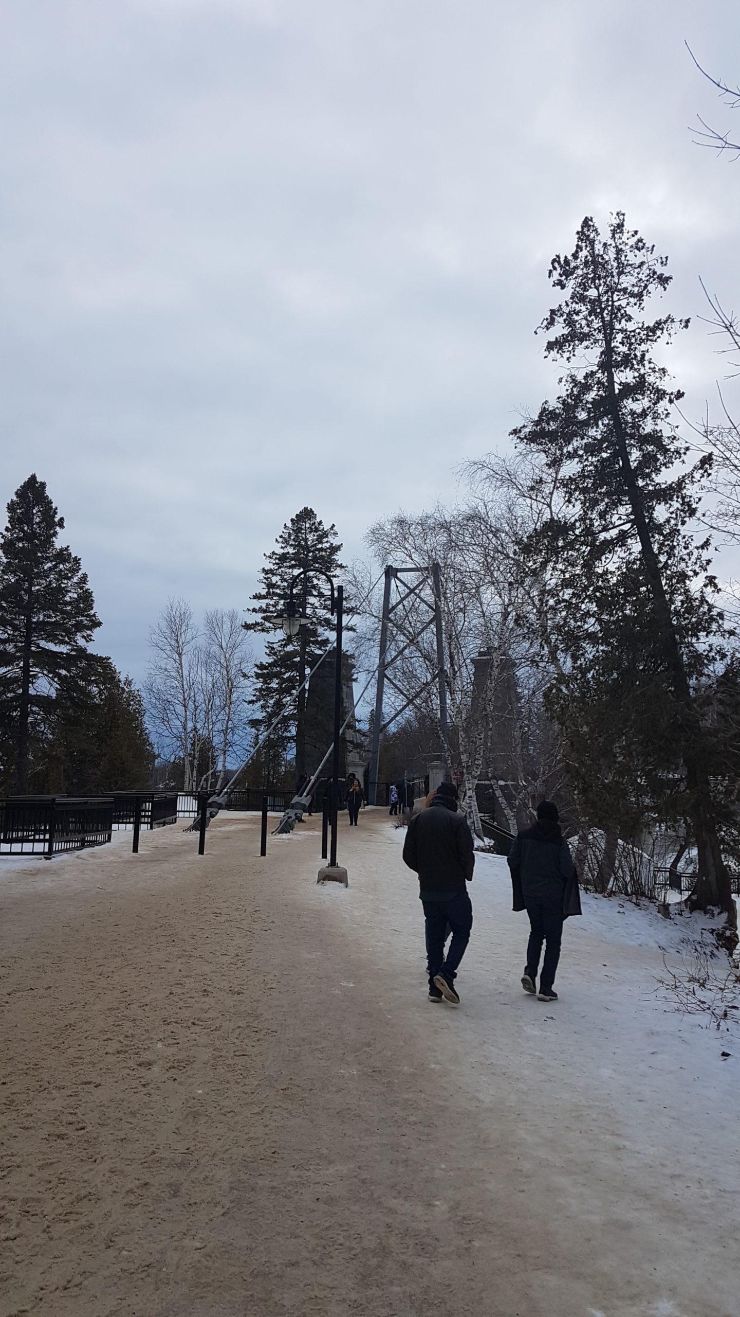 chutes de Montmorency on arrive au pont