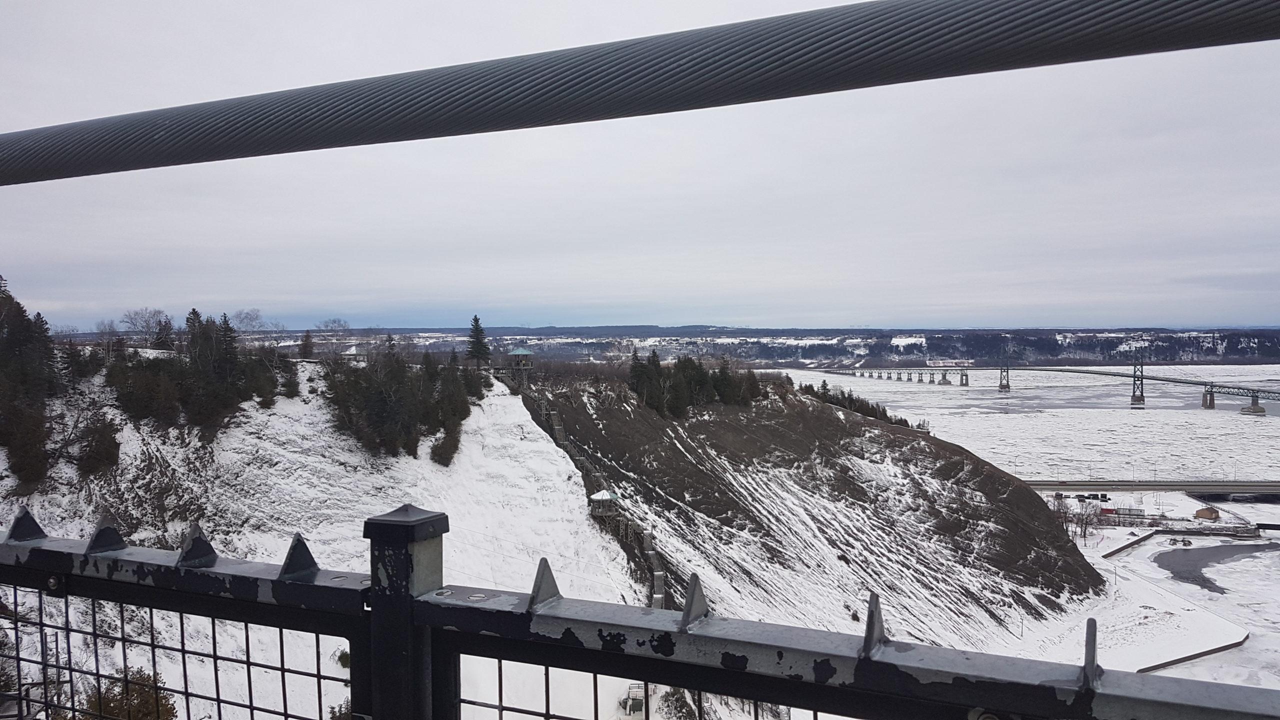 chutes de Montmorency vue depuis le pont