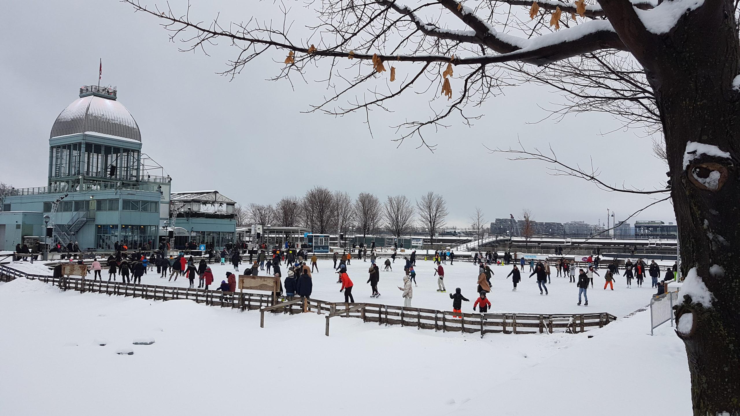 La patinoire du Vieux Port de Montréal.