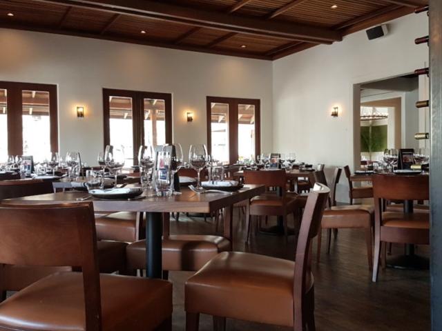 Wente winery Livermore Californie La partie restaurant où l'on peut déguster des plats à partager.
