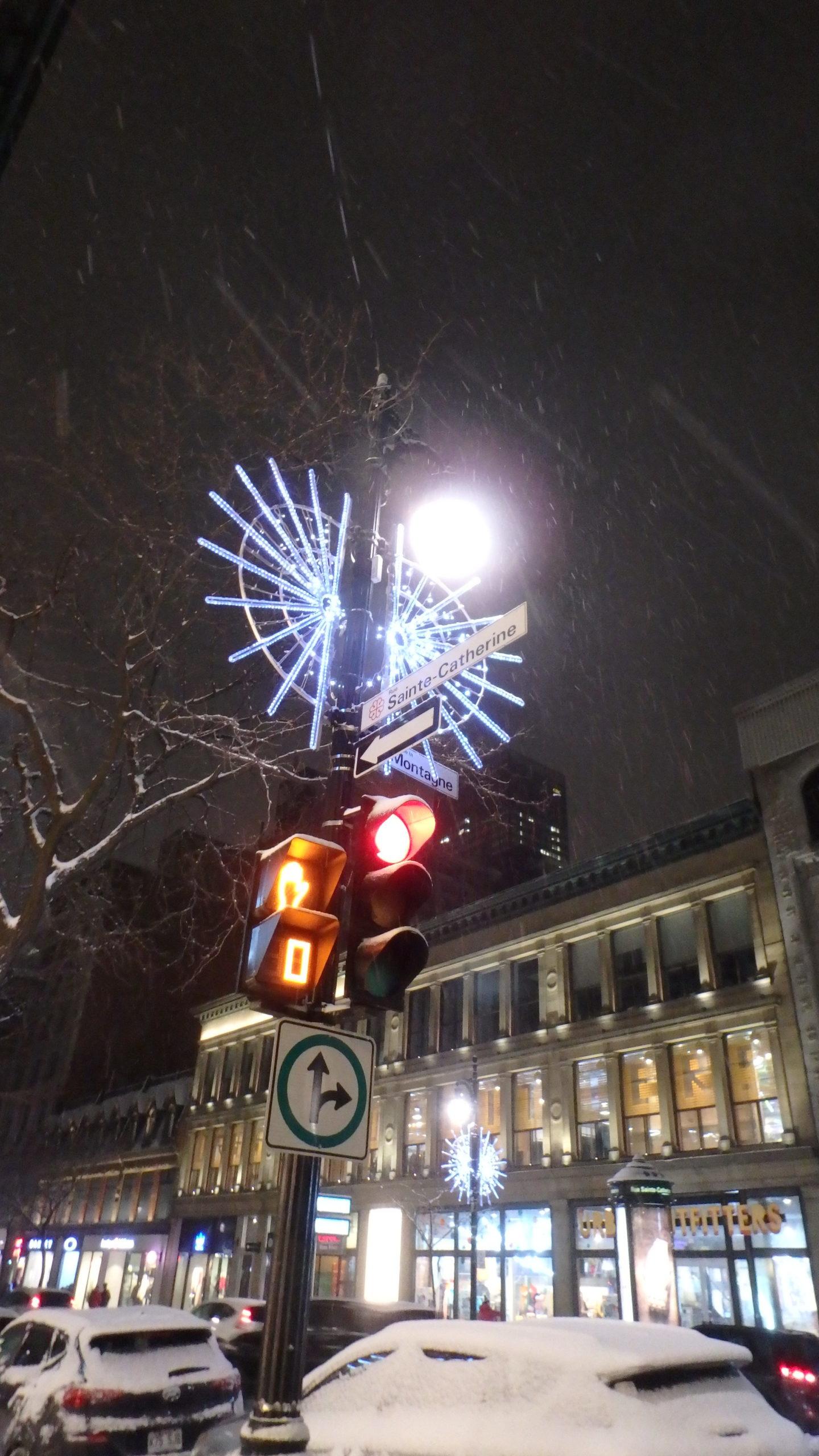 décorations nuit centre-ville Montréal