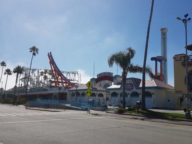 Le parc d'attraction de Santa Cruz, juste à côté de la plage.
