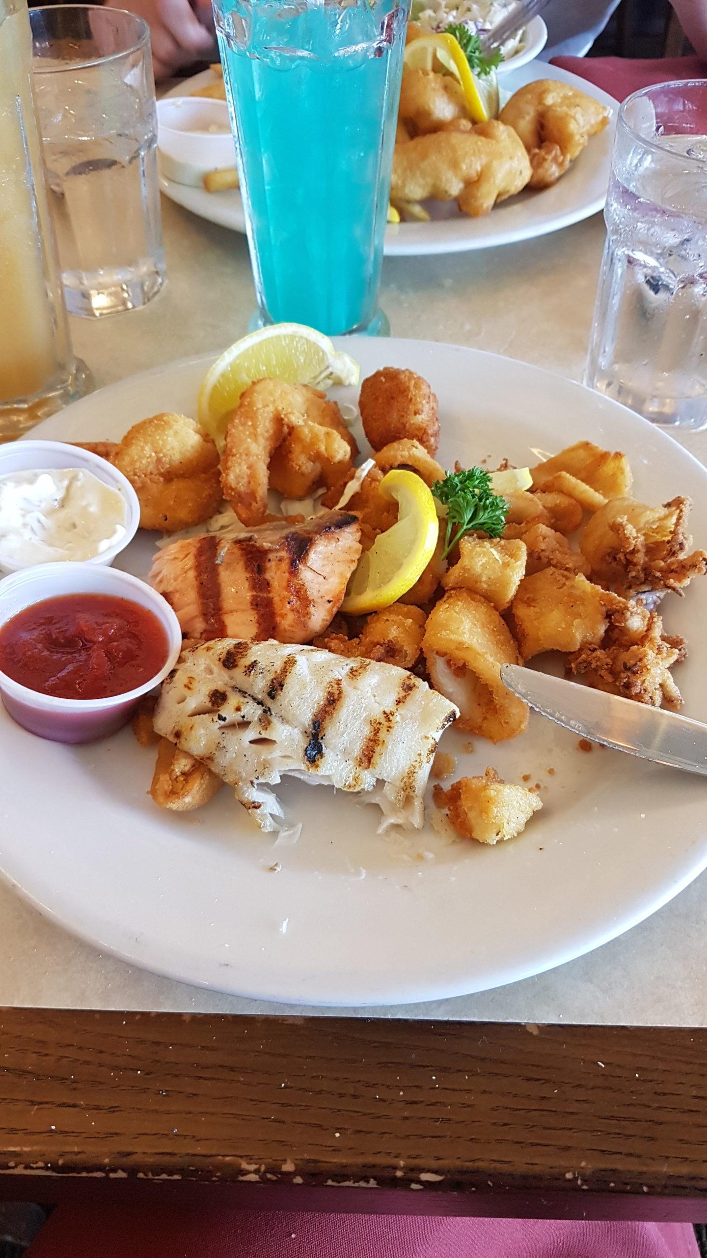 Plateau de poissons pour moi, j'avais pas fait gaffe sur le menu que presque tout était frit !